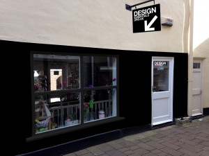 design-essentials-newstore-back-impression