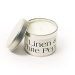 Linen and White Pepper Scented Candle