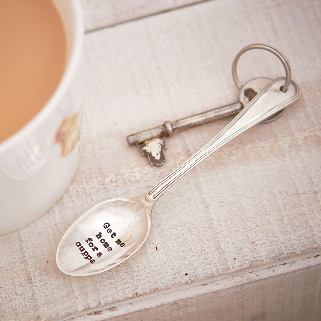 Vintage style teaspoon keyring with 'Get me home for a cuppa' quote