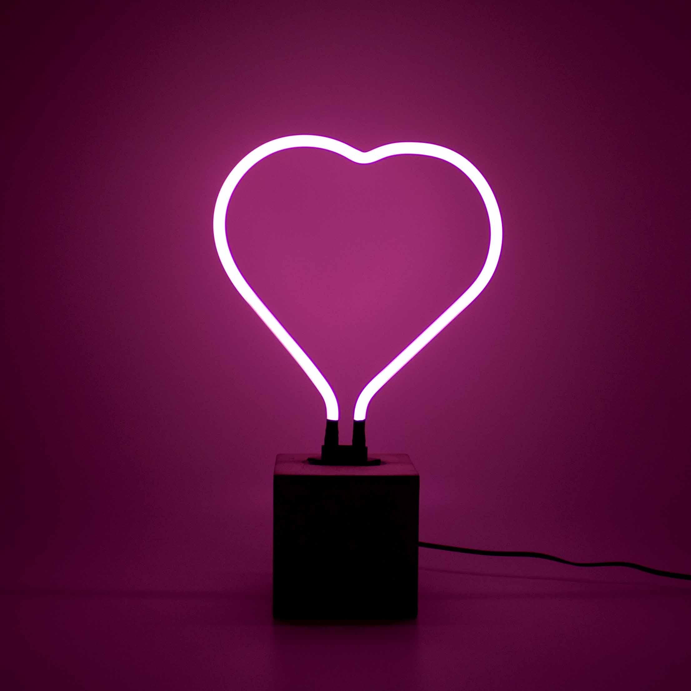 Neon Heart Table Light Design Essentials
