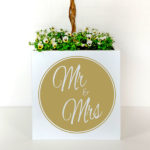 Personalised planter for weddings with Mr and Mrs in gold.