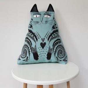 Blue_Cat_Cat_Cushion_Design_Essentials_Saffron_Walden