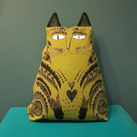 Mustard Cat Cushion Design_Essentials_Saffron_Walden